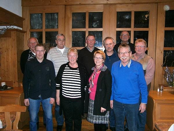 Der neue Vorstand 2013 mit 2. Bürgermeisterin Rosa Lummer
